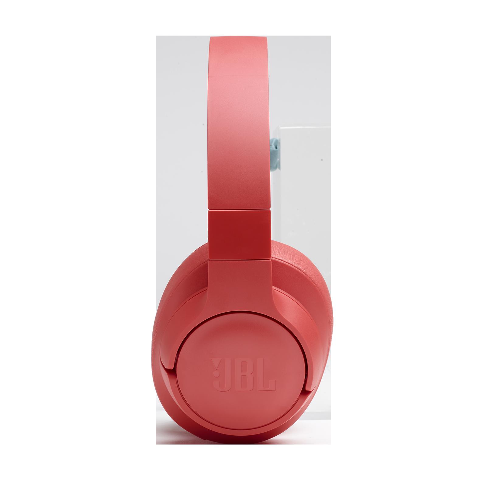 JBL TUNE 700BT - Coral - Wireless Over-Ear Headphones - Detailshot 4