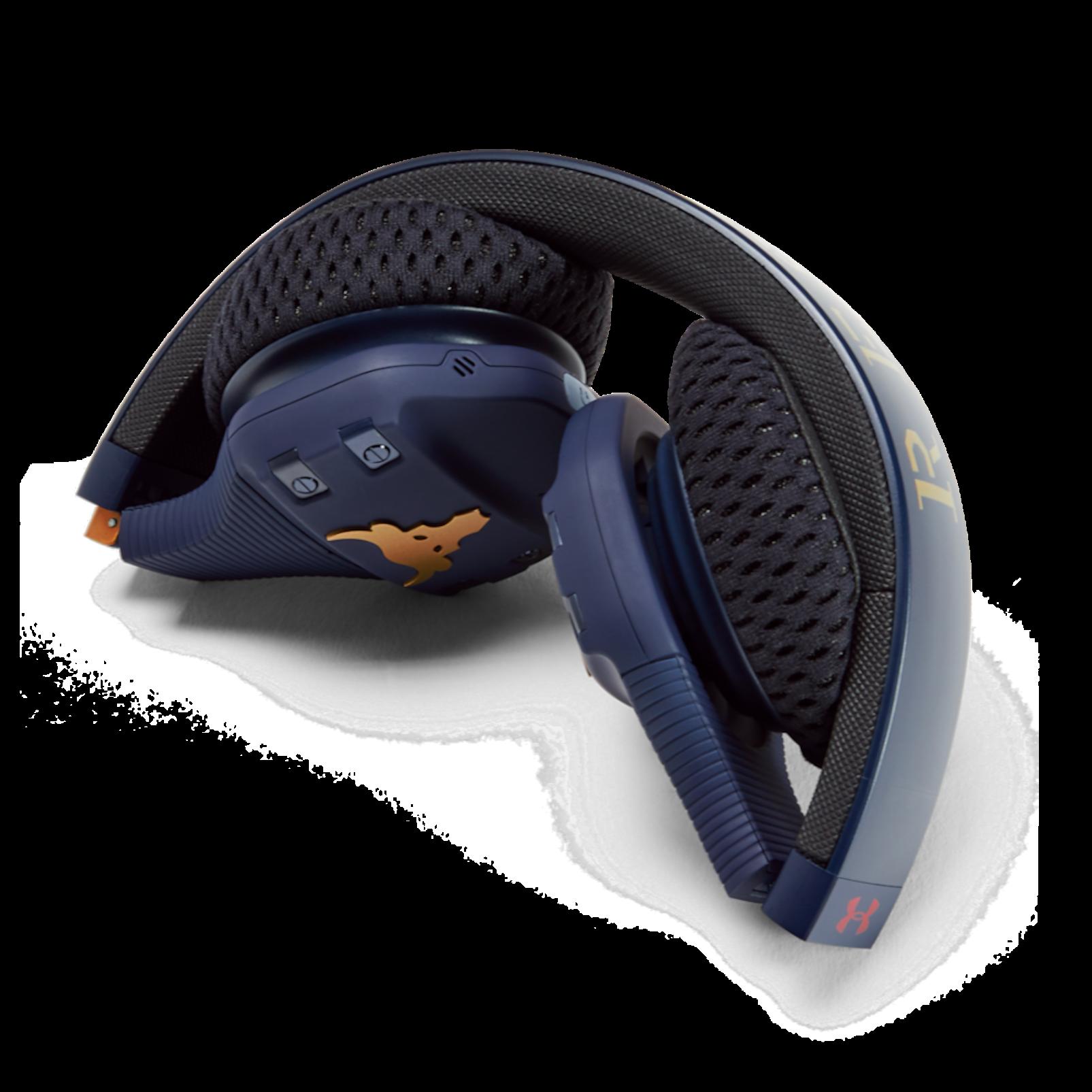UA Sport Wireless Train Project Rock – Engineered by JBL - Blue - On-ear sport Headphones - Detailshot 1